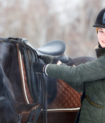 How to protect yourself while riding a horse