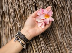 Can a piece of jewelry tell you about the persons success